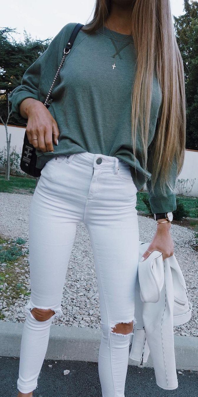 584873e934ef #summer #outfits Khaki Knit + White Destroyed Skinny Jeans // Shop this  outfit in the link