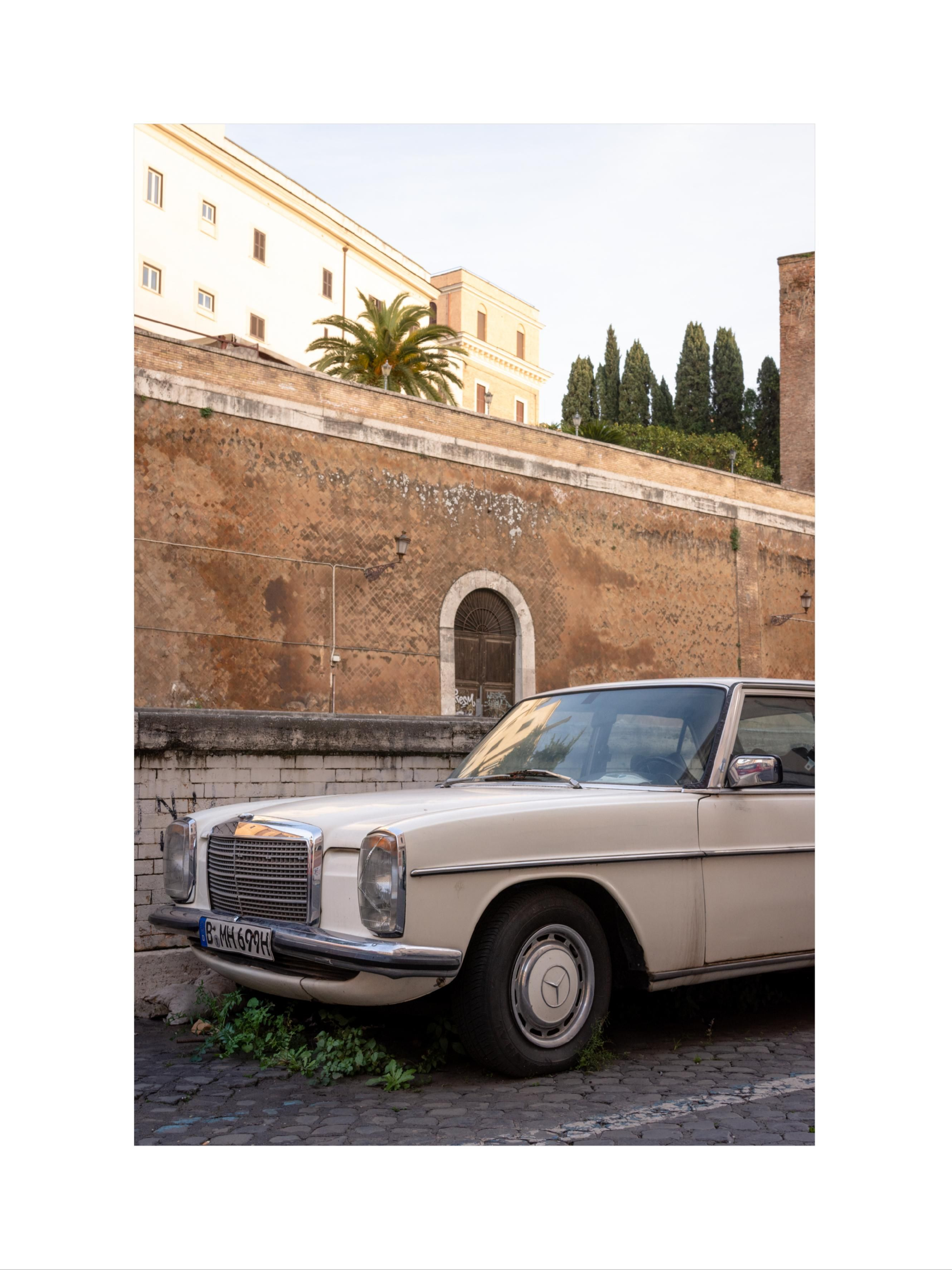 Old Mercedes In Rome D7200 24 120 F4 Nikon Photography Inspiration Profilepicture Beachpicture Pictureideas Wal Old Mercedes Beach Pictures Photography