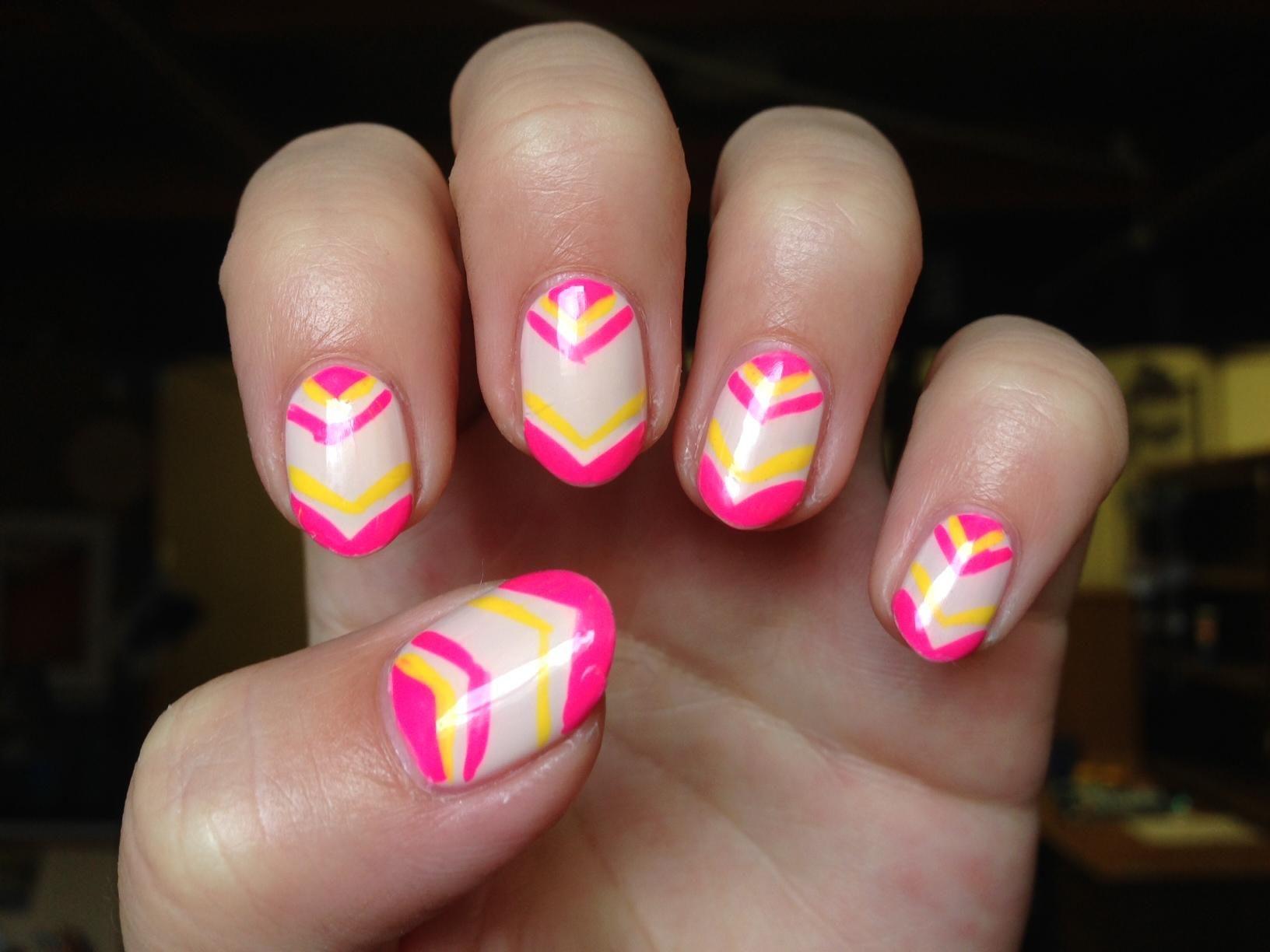 Pink Arrows Manicure Nailart Girly Stuff Pinterest Geometric