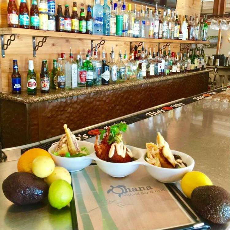 Happy Hour At Ohana Seafood Restaurant Kihei Maui Kihei In
