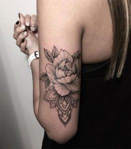 Photo of ▷▷ Tattoos for (WOMAN in the ARM) 【Black and gray, color】