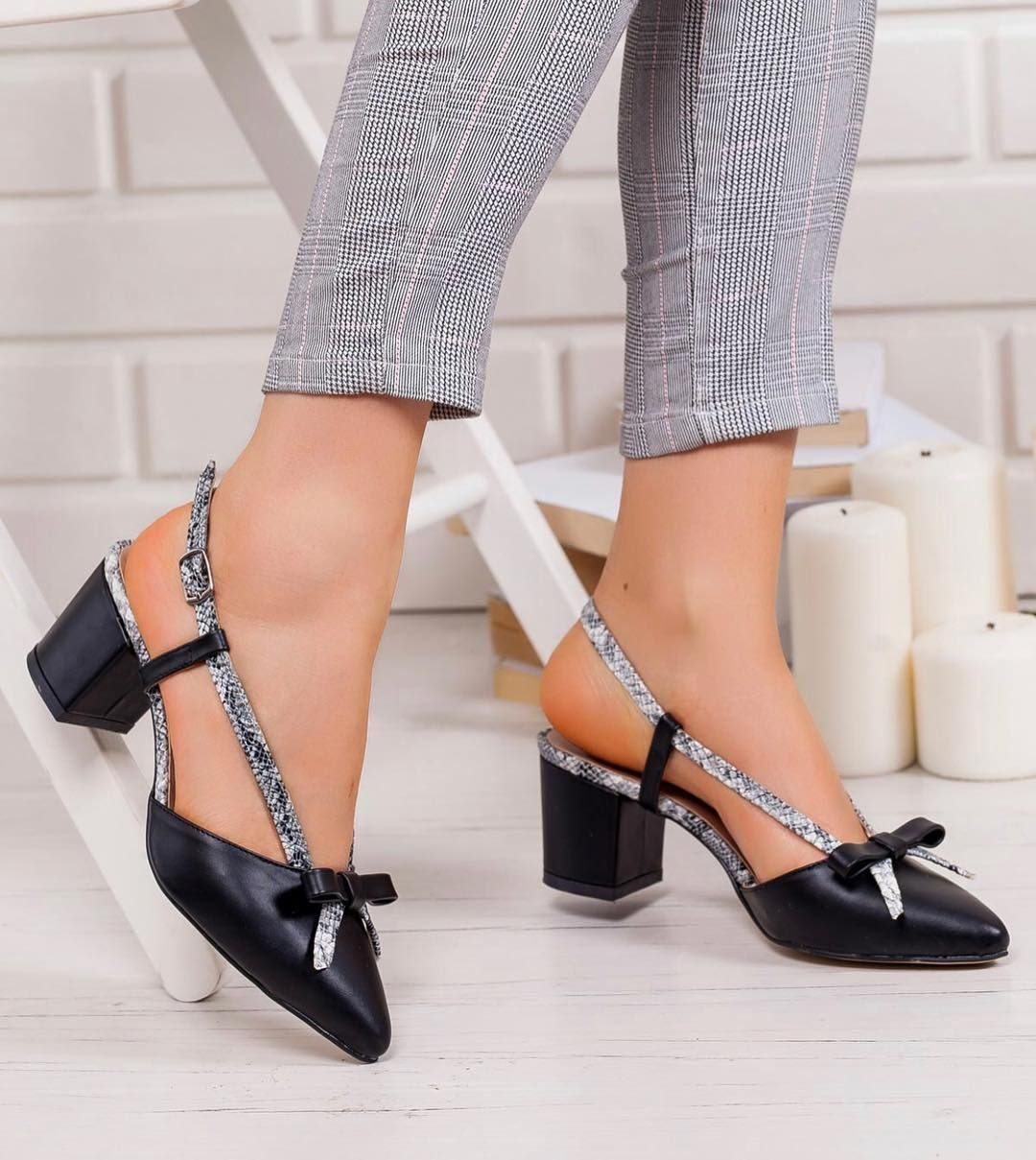 Urun Adi Athena Fiyat 109 90 Tl Topuk Boyu 6 Cm Whatsapp 0533 133 62 68 Www Takunyalar Com Web Sayfamizdan Kredi Kartiyla Olusturacag Heels Mule Shoe Fashion