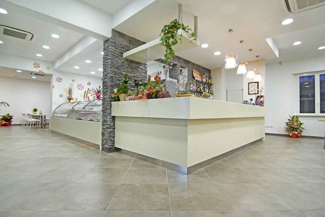 Arredi Bar Moderni arredamenti per bar - mobilier pour bars - furnishings for
