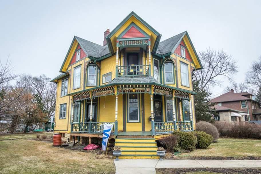 C 1890 Queen Anne Dekalb Il Victorian Homes Victorian Homes Exterior Old House Dreams