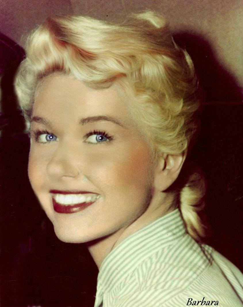 Doris Day Sweet Smile And Beautiful Eyes Doris Day Movies Movie Stars Actresses