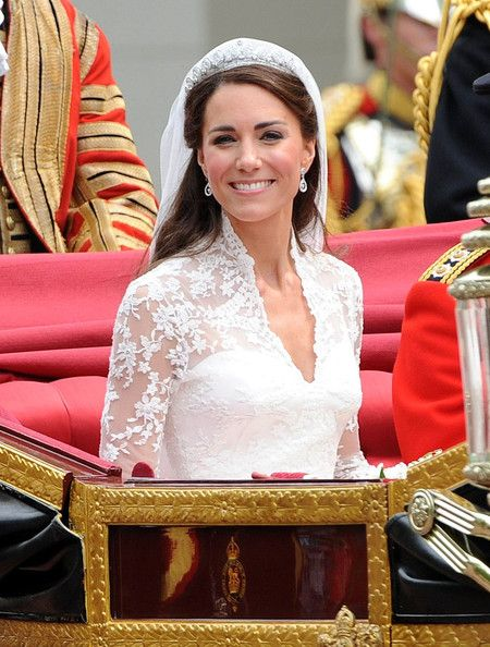 Kate Middleton Photos Photos Royal Wedding Before And After The Ceremony Kate Middleton Wedding Kate Middleton Wedding Dress Celebrity Bride