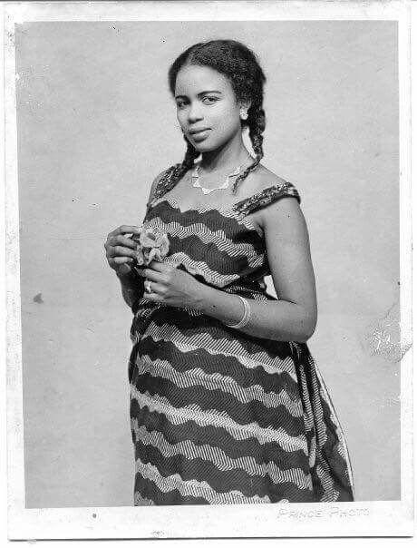 1950s Fulani Nigerian woman. So beautiful!