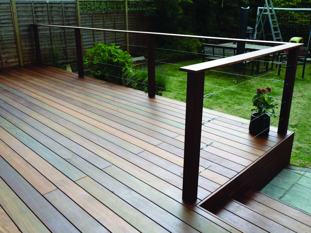 10 Beautiful Easy Diy Backyard Decks Homes Tre Building A Deck Deck Garden Decks Backyard