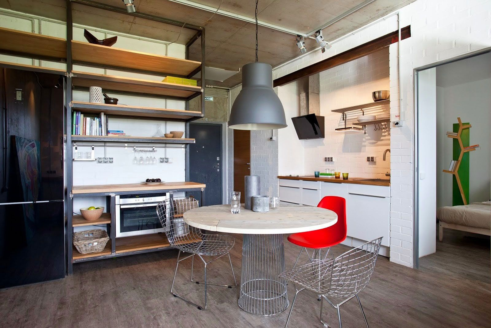 Concrete Wall Apartment in Krasnogorsk by Studio Odnushechka-06 | Kr ...