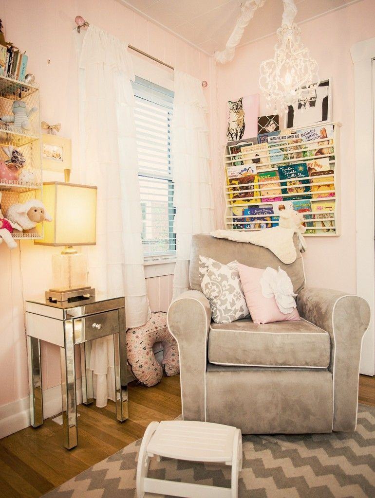 Pyper's Pretty Little Pink and Gray Nursery #NurseryGlider #BenjaminMoore is part of Pink and gray nursery - Pyper's Pretty Little Pink and Gray Nursery NurseryGlider BenjaminMoore