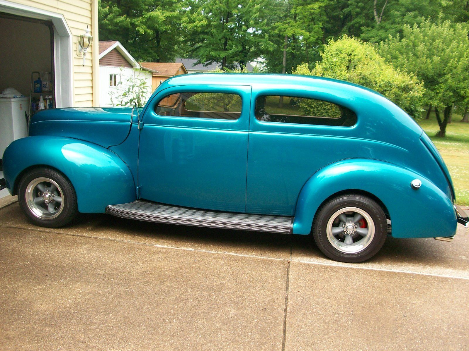 1939 Ford Tudor Sedan 1938 1941 Coupes Sedans And Trucks Coupe Red