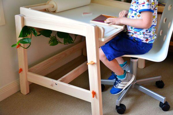 Loving Ikea Children S Tables Flisat Children S Desk And Table How We Montessori Ikea Diy Montessori Escritorio Ikea