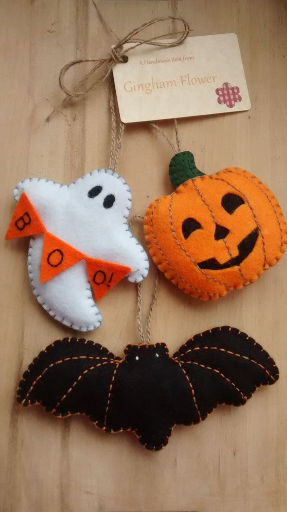 set of 3 felt handmade halloween hanging decorations - Etsy Halloween Decorations