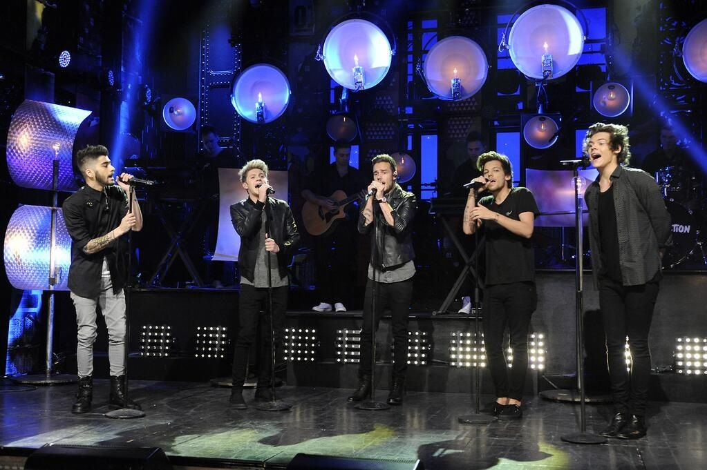 One Direction what did you think of them performing Through the Dark for the first time?