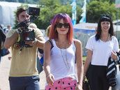 Lily Allen's Glastonbury Style? Purple Hair, Pink Shorts