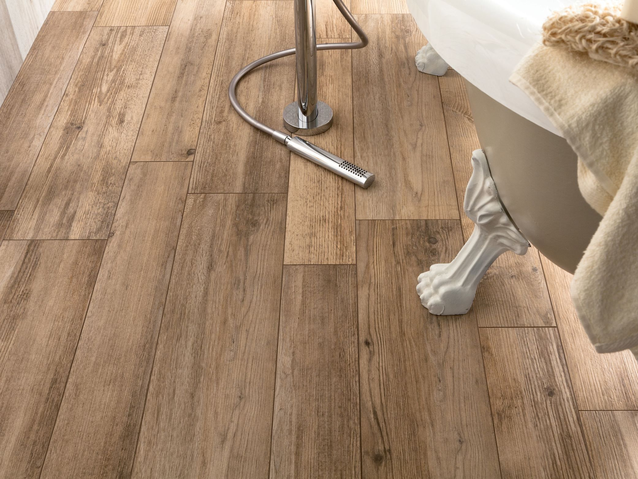 PORCELAIN STONEWARE WALL/FLOOR TILES WITH WOOD EFFECT