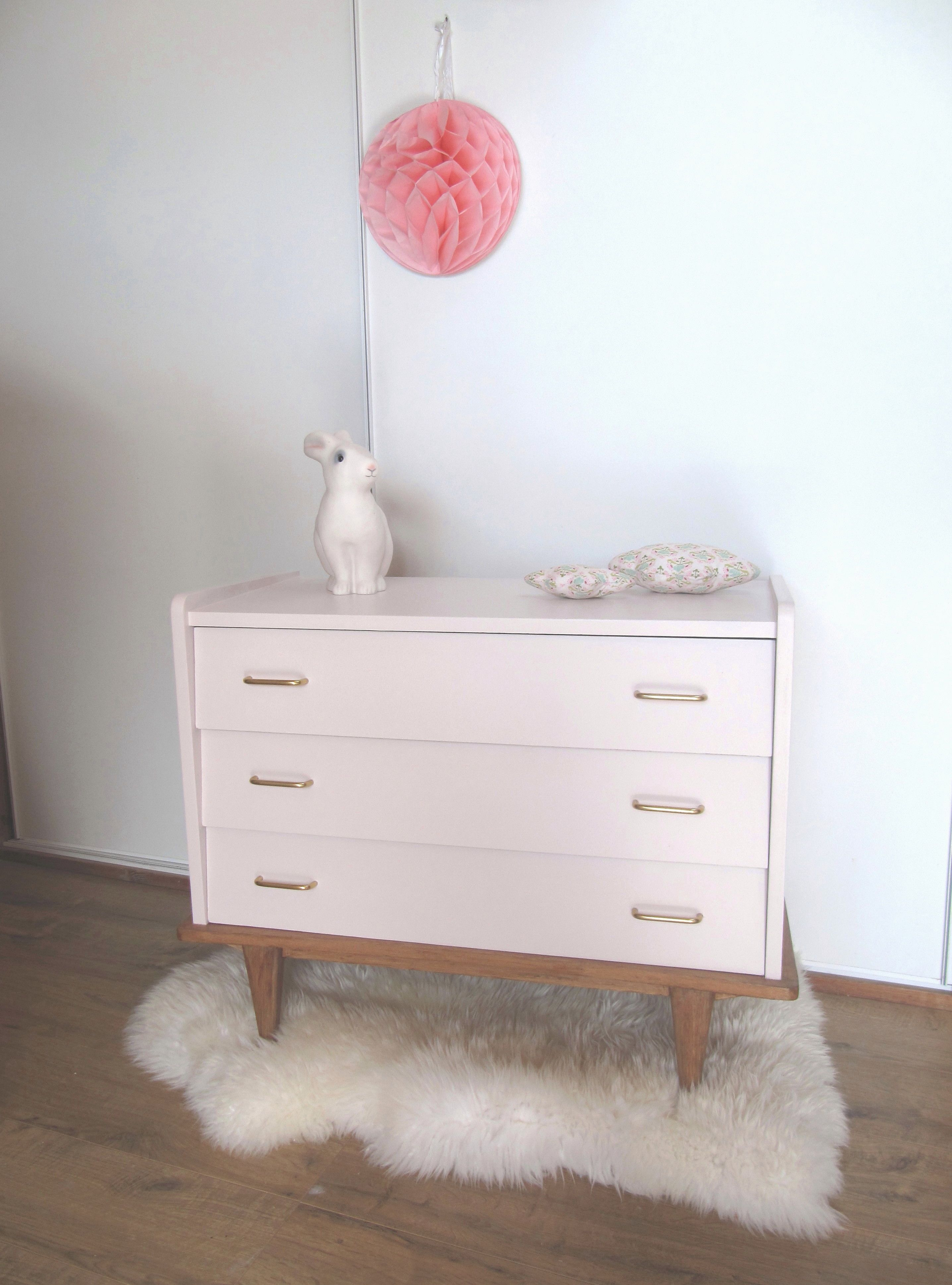 Meubles But Parthenay Petite Commode 50 S Rose Poudré Ideas Para Dormitorios