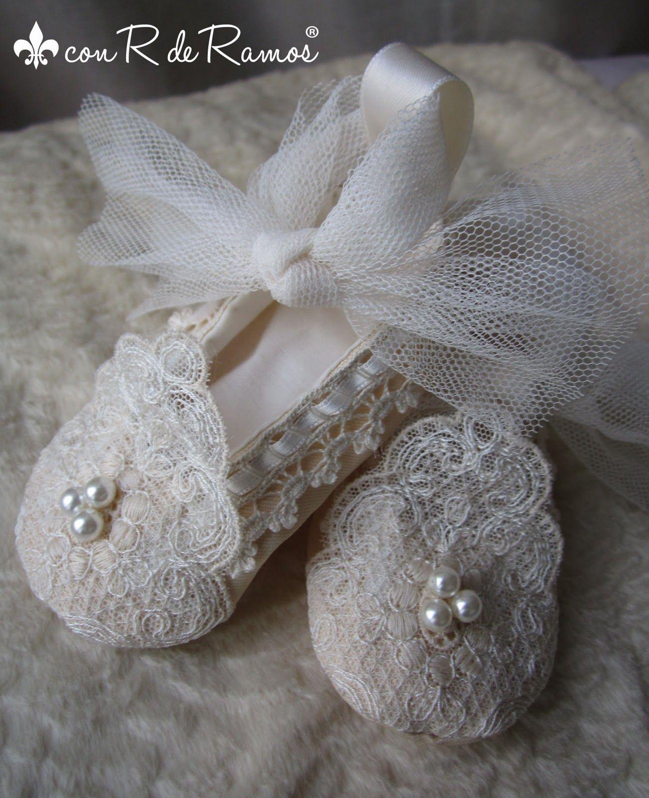 7b19f9416 Zapatos exclusivos para ceremonia, hechos a mano y trajes de gitano con  diseños únicos y