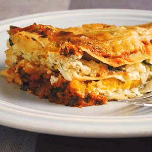 Butternut Squash Lasagna......I made lasagna this evening. WOW, what a great healthy dish. The whole family liked it, even my meat eating husband.