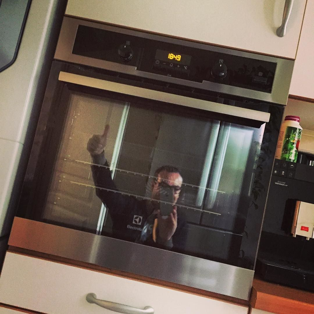 Nouveau four Installé  Suivez la page Papa en Cuisine il sera à gagner avant la fin de la semaine  #concours