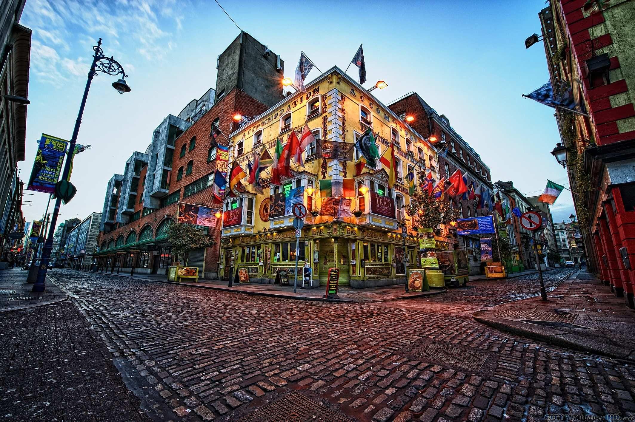 St Patrick S Day Irish Pub Crawl In The Temple Bar District Delightful City Of Dublin Ireland