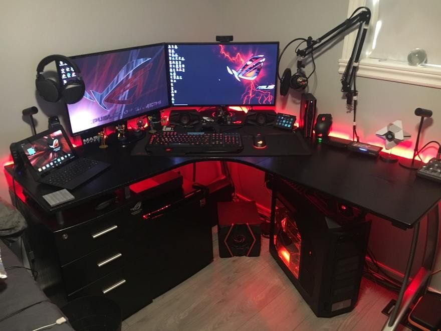 A Look At Gaming Workstation Set Ups Some Of Them Surprisingly