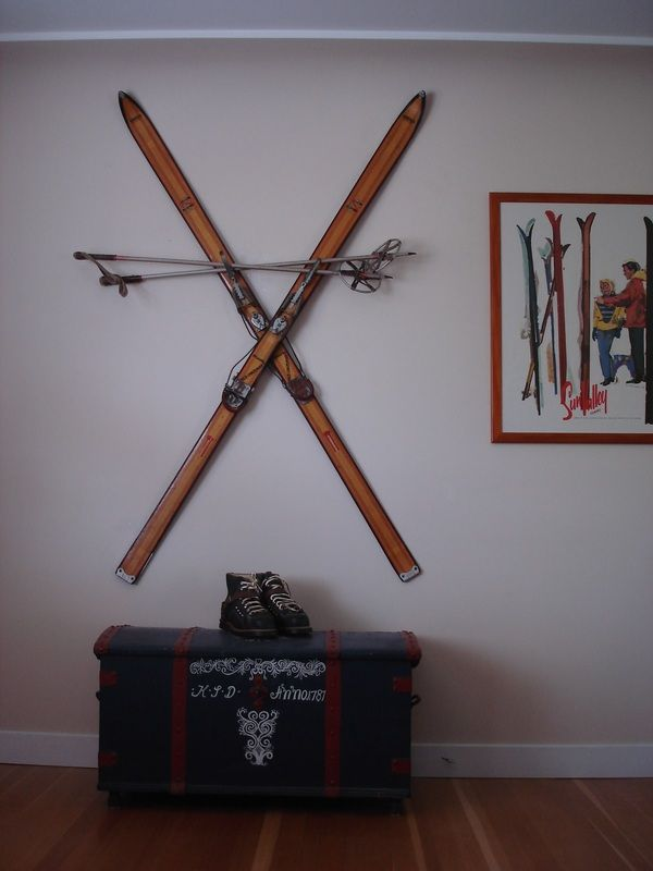 Finally Able To Mount Skis Without Damage Ski Lodge Decor