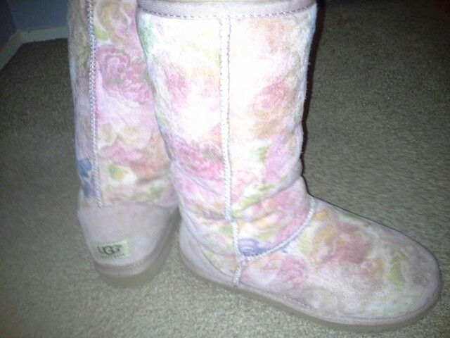 "Most of the weekend, I rocked these ""Romantic Rose"" UGGS. I love these slipper/shoes. They feel amazing on your feet! If you ever invest in any footwear. Make it a nice pair of UGGS."