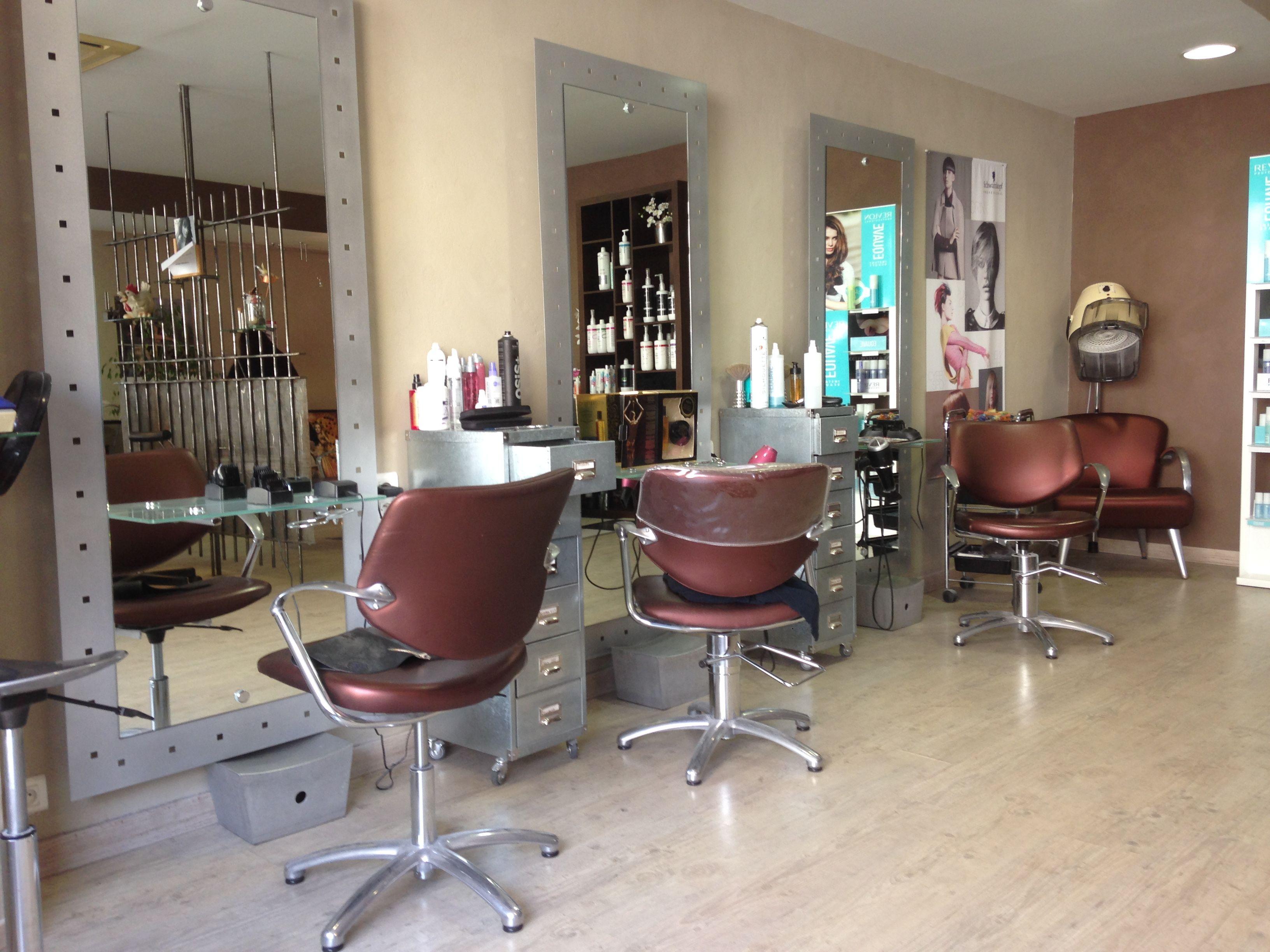 Salon De Coiffure Dans Le 34 Salon A Domicile Deco Salon De Coiffure Coiffure