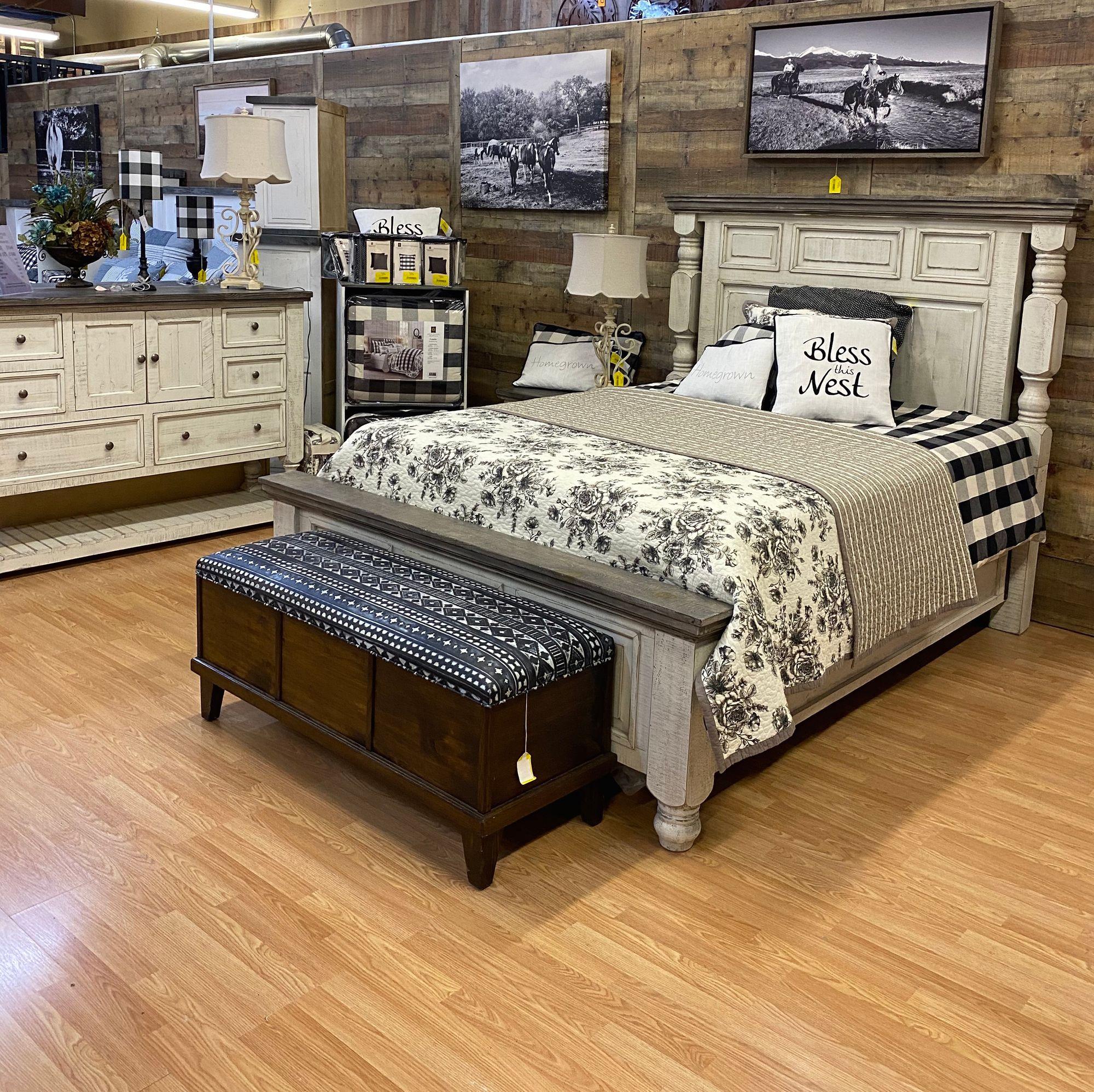 Suburban Farmhouse at Its Best! #rfdepot #suburbanfarmhouse #bedroomfurniture #bedroom #bedroominspiration #bedroomset #homedecor #farmhousedecor #labordaysale