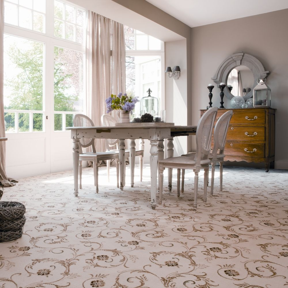 Ordinaire Patterned Bright Carpet #diningroom / #interiordesign / #carpetright
