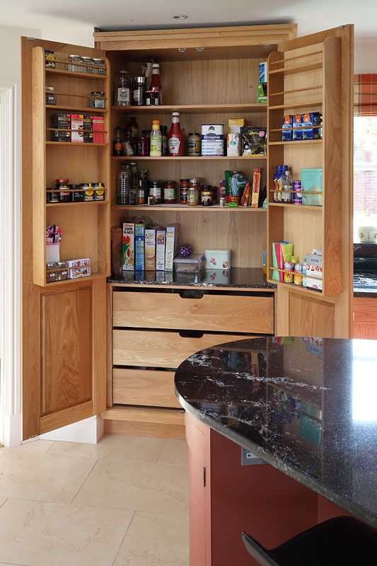 Use of door shelves to maximise depth space