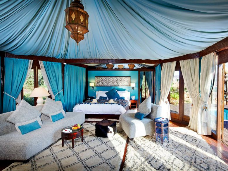 Kasbah tamadot most romantic hotels around the world for Muebles marroquies en madrid