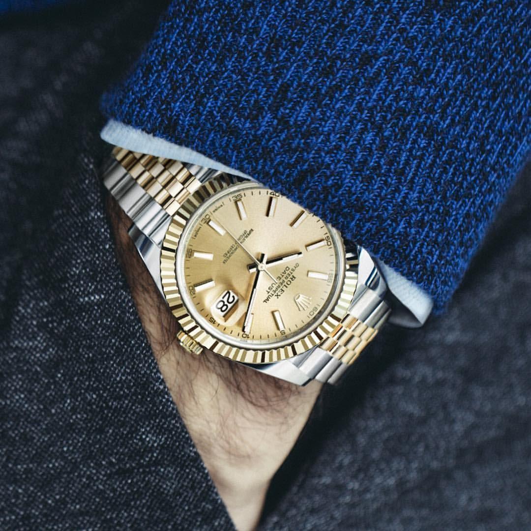 Kết quả hình ảnh cho wearing watch