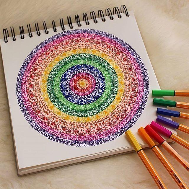 3 897 Likes 59 Comments Stabilo Deutschland Stabilodeutschland On Instagram Heute Gibt S Ein Supersch Mandala Design Art Mandala Art Lesson Mandala Art