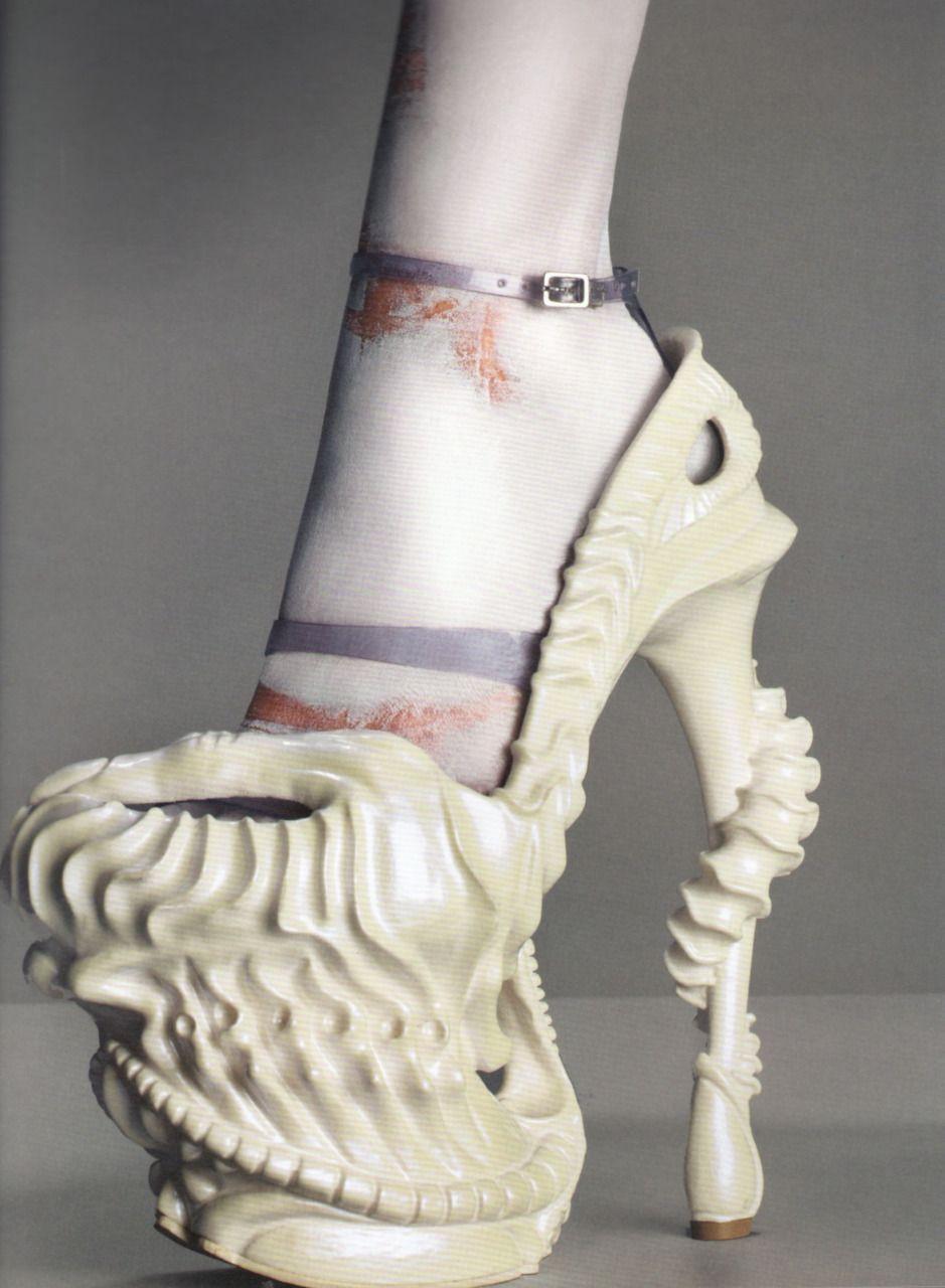 Chaussures En Cuir De Broderie Papillon Automne / Hiver Alexander Mcqueen 2VFg7bc