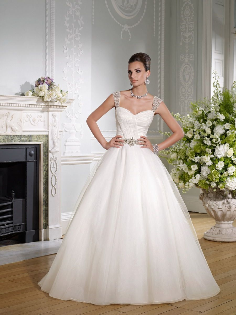 Ronald Joyce Bridal Gown Style Greta 17718 Bridal Dresses Wedding Dresses Wedding Dresses Beaded [ 1200 x 900 Pixel ]