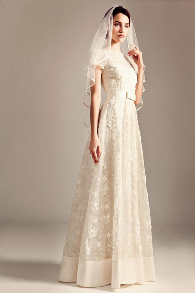 Can T Get Enough Of These Cly Vintage Temperley London Wedding Dresses To See