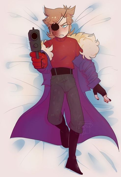 tom eddsworld body pillow