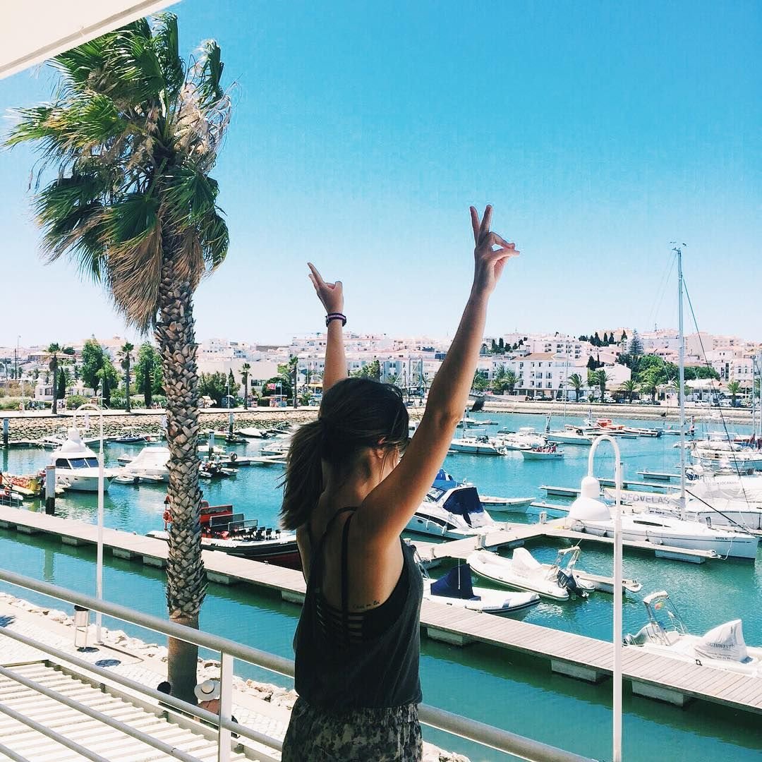 ¡Ya estamos aquí! ✌ #lagos #portugal