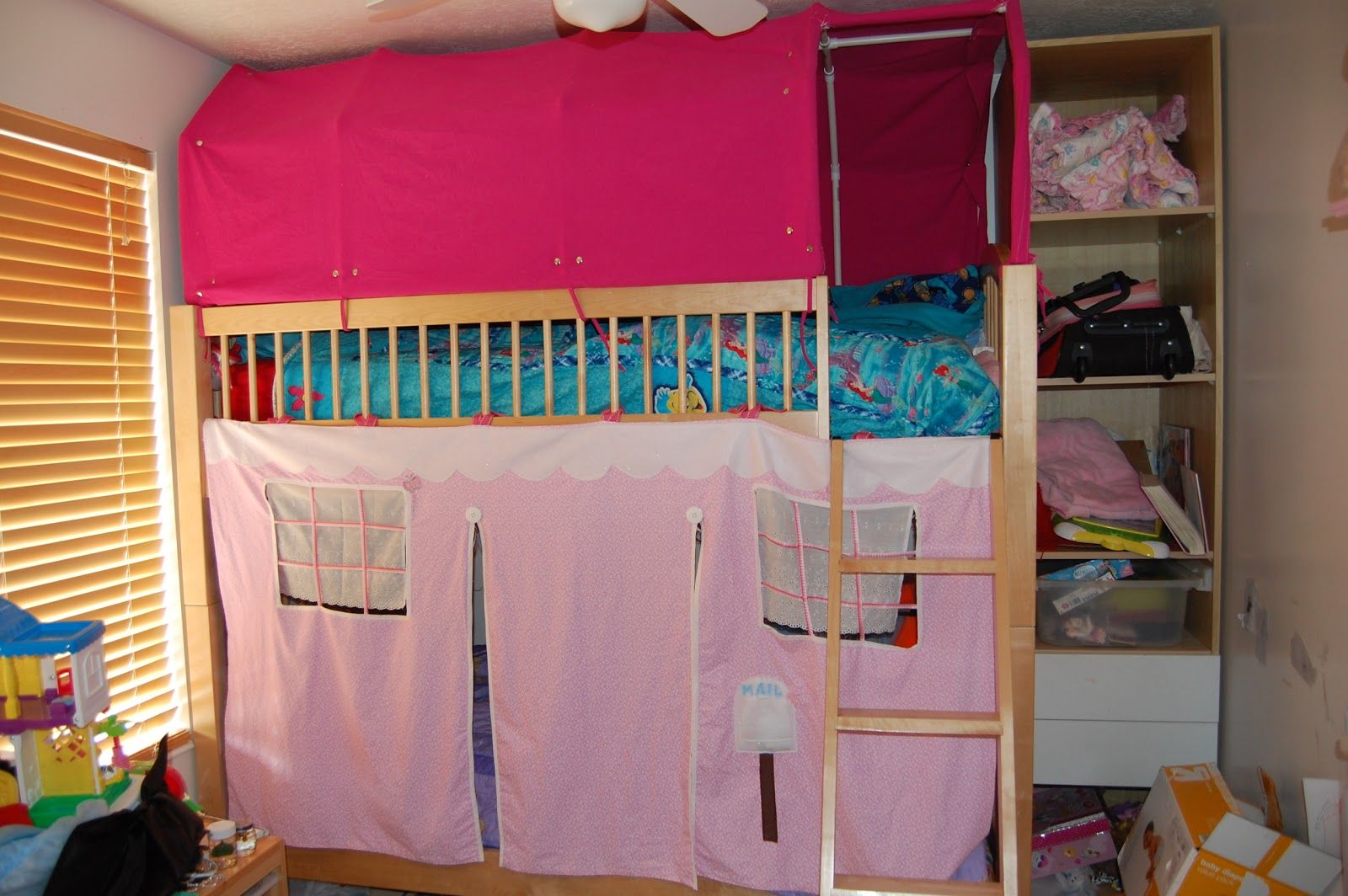 Explore Confused Pictures Bunk Bed Tent And More