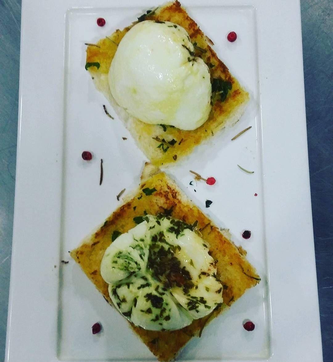 Ovo pochê. #gastronomia #culinaria #chef #IGA #IGAcampos #receita #dieta #gnt by valssantos.81