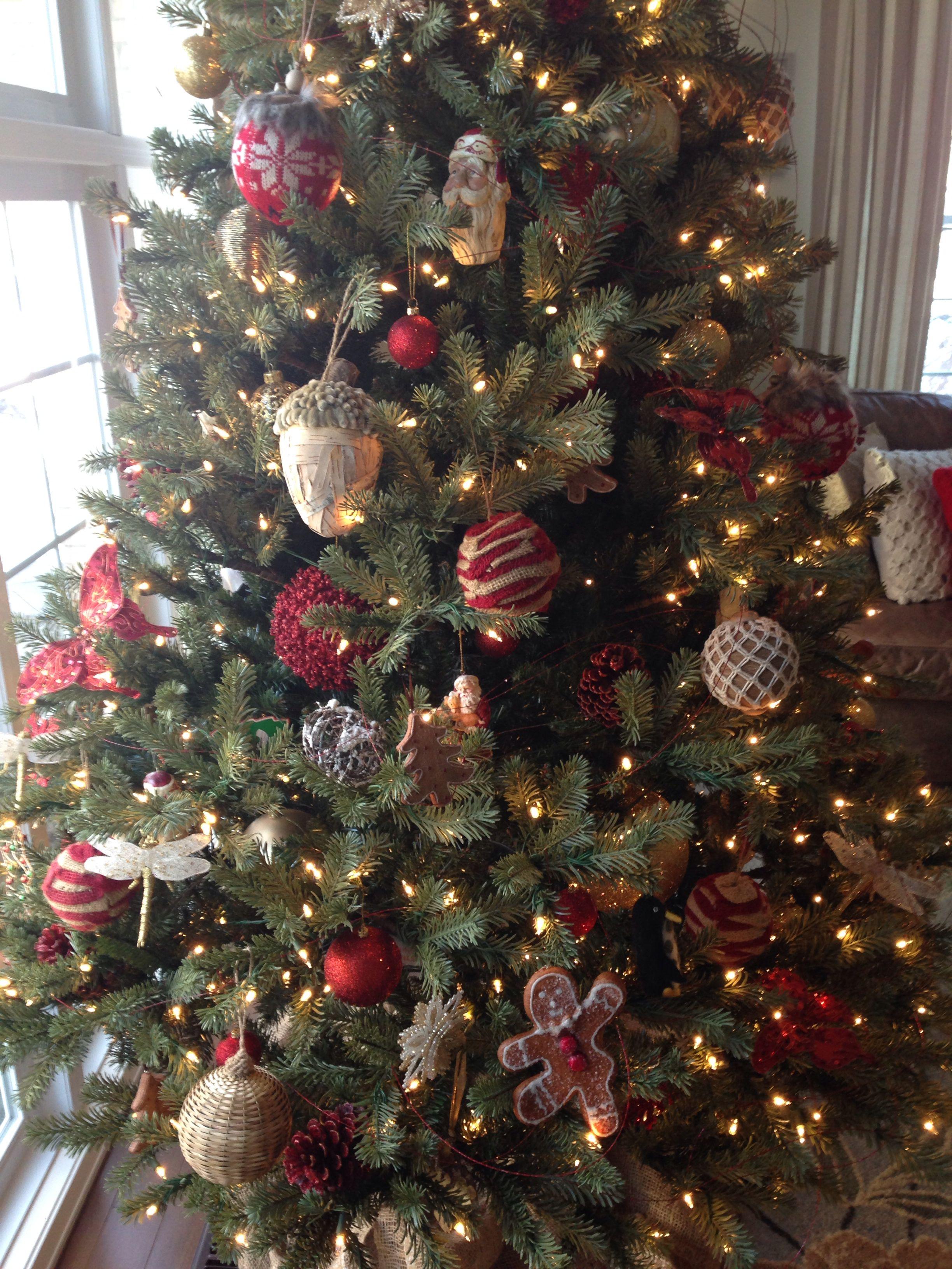 christmas tree decorating ideas woodsy theme woodsychristmas - Woodsy Christmas Tree Decorations