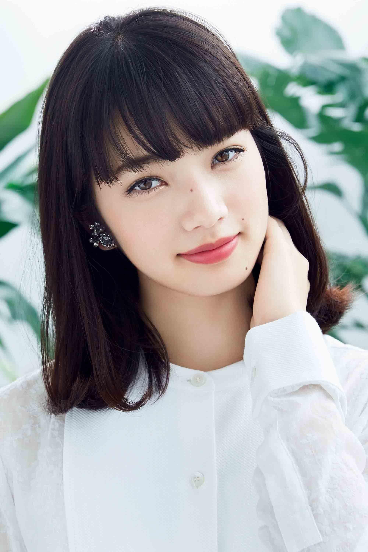 komatsu girls Personally, when i saw a closeup of nana komatsu's face at the start of the movie  kurosaki-kun no iinari ni nante naranai, i thought she was strikingly beautiful.