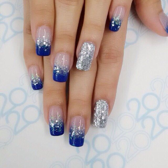 Pin By Iliaed Acevedo On Nail Designs In 2020 Blue Glitter Nails Blue And Silver Nails Nail Designs Glitter