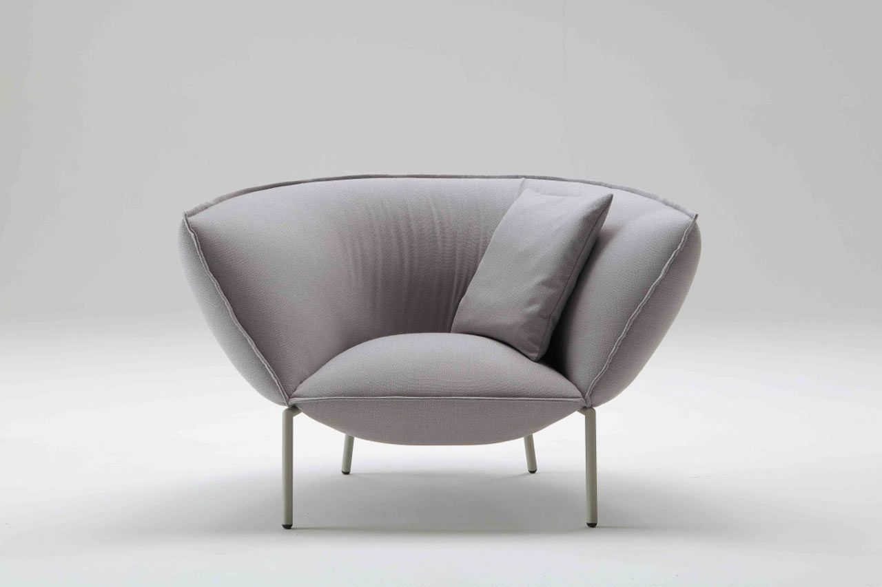 Kick Back and Let This Sofa and Lounge Chair Embrace You | Muebles ...