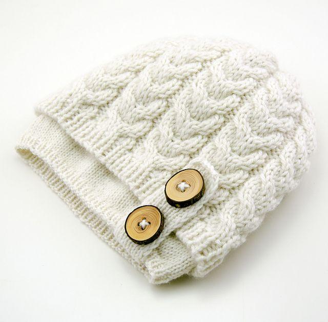 Bräcken Convertible Cloche pattern by Kalurah Hudson | Gorros