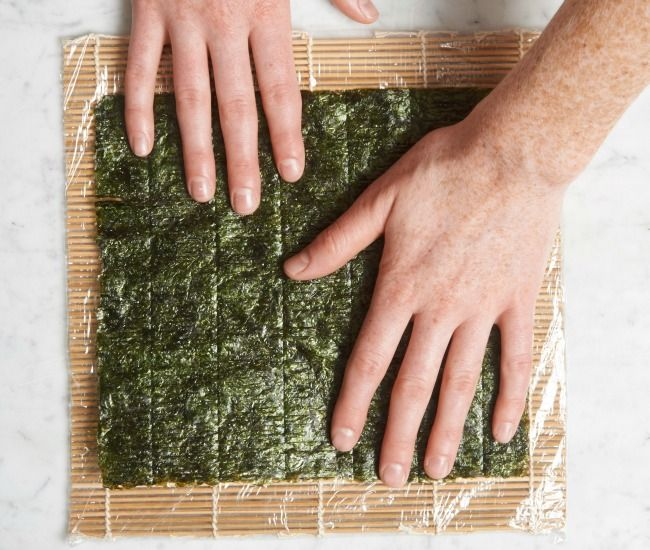 How To Make Your Own Sushi Rolls Infographic How To Make Sushi Sushi Rolls Make Your Own Sushi