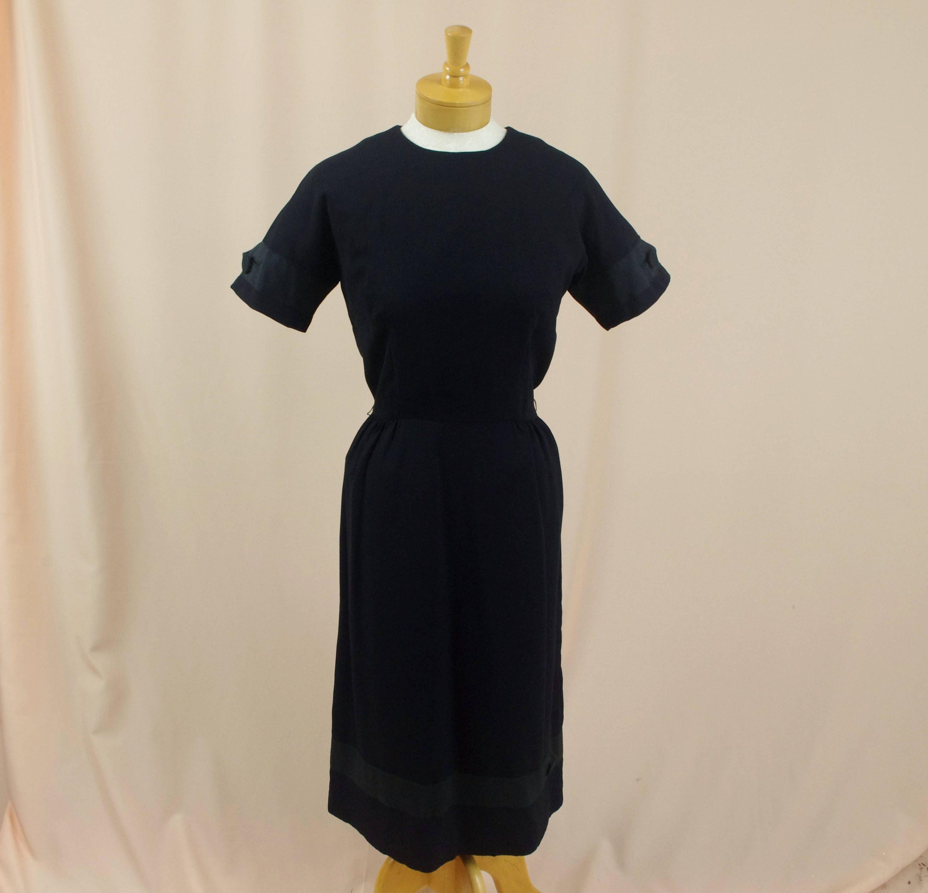 60s Wiggle Dress Black Crepe Dress Black Dress 60s Dress Etsy Black Wiggle Dress Crepe Dress 60s Dress [ 2848 x 2960 Pixel ]