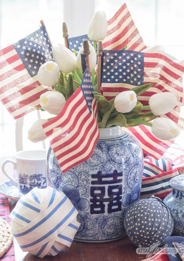 Patriotic Chinoiserie Tablescape